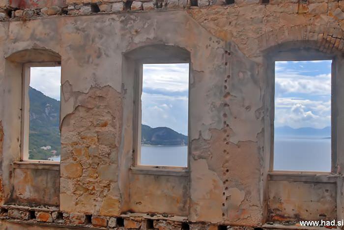 pogled-skozi-okno-04.jpg