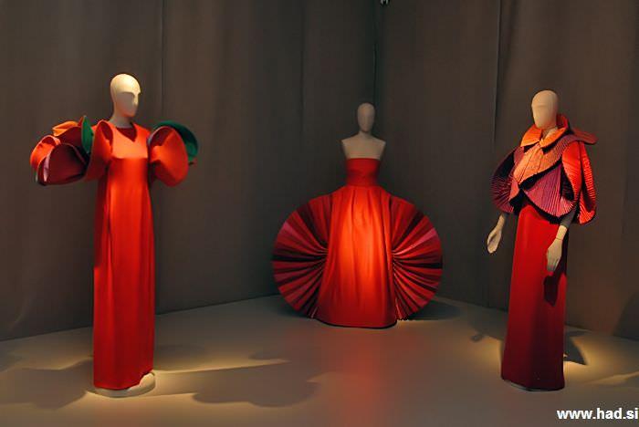 roberto-capucci-a-fashion-sculpture-07.jpg
