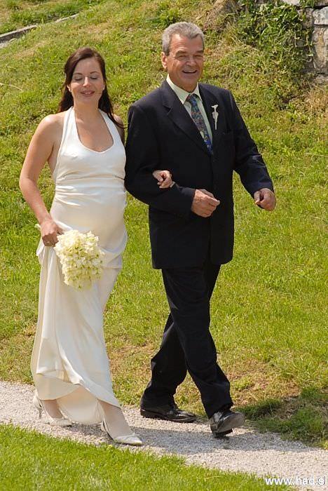 poroka-stanjel-katja-blaz-02.jpg