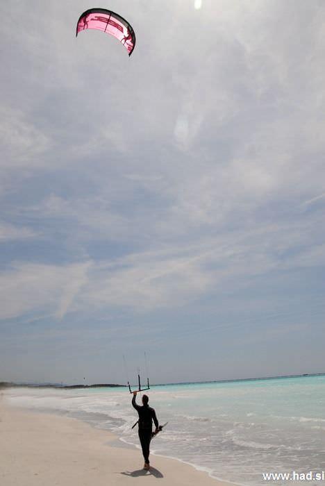 rosignano-marittimo-kitesurfing-photos-04.jpg