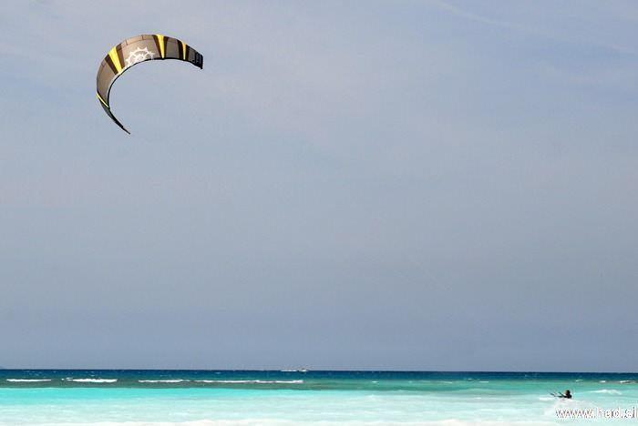 rosignano-marittimo-kitesurfing-photos-09.jpg