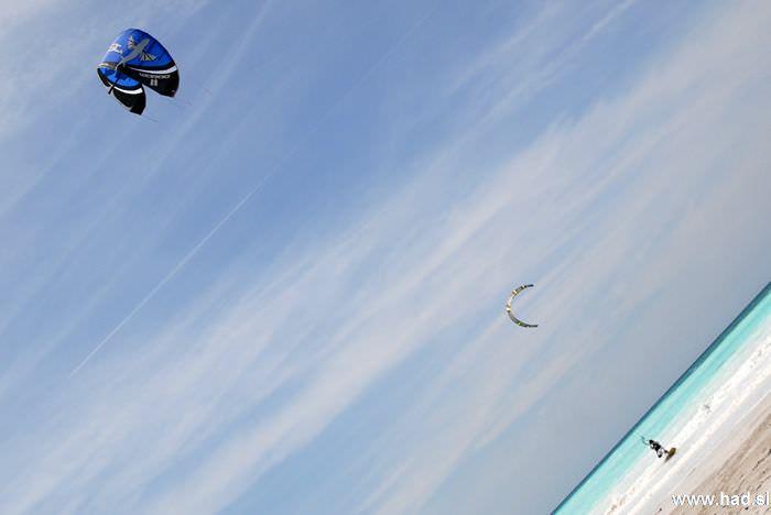 rosignano-marittimo-kitesurfing-photos-10.jpg