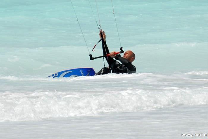rosignano-marittimo-kitesurfing-photos-12.jpg