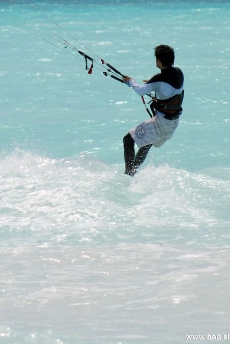 rosignano-marittimo-kitesurfing-photos-13.jpg