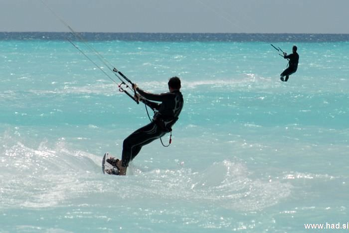 rosignano-marittimo-kitesurfing-photos-15.jpg