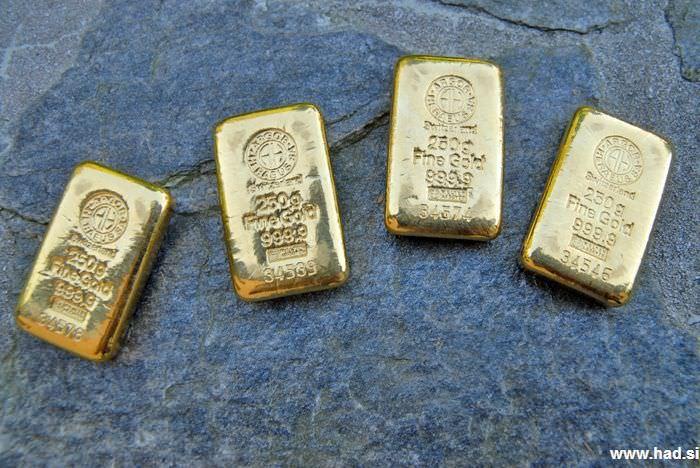 zlato-gold-02.jpg