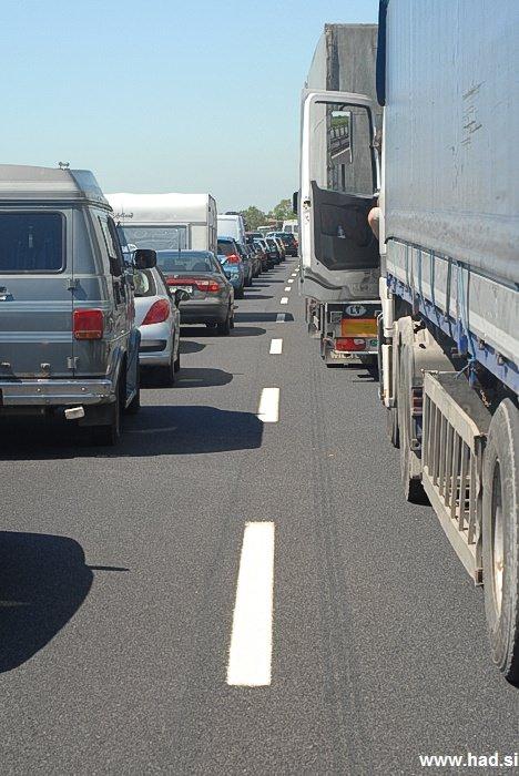 fotografije-nesrece-na-avtocesti-05.jpg