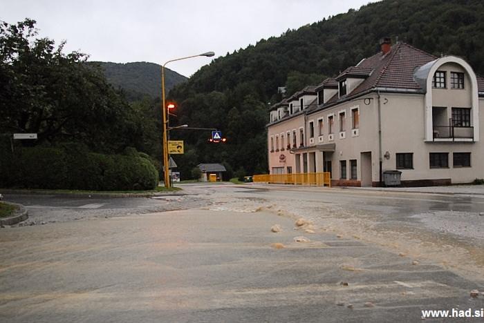 poplave-izlake-naslednji-dan-fotografije-001.jpg