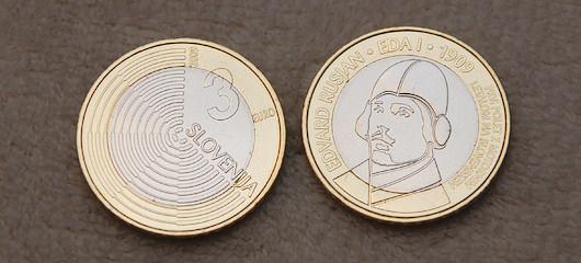 euro kovanec za 3 eure