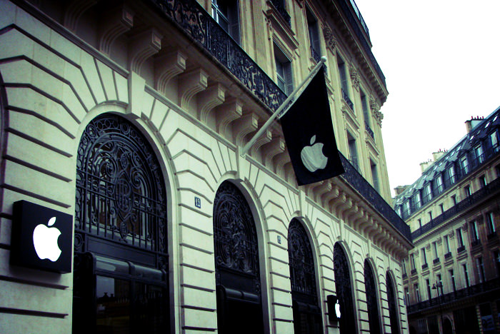 apple_store_paris03
