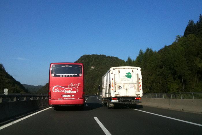 prehitevanje_avtobusa
