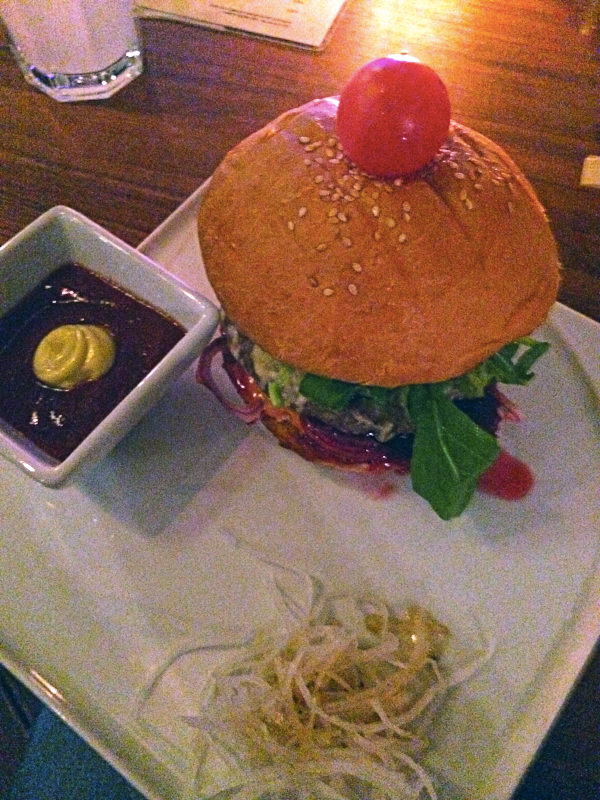 tokyo_piknik_gourmet_burger2