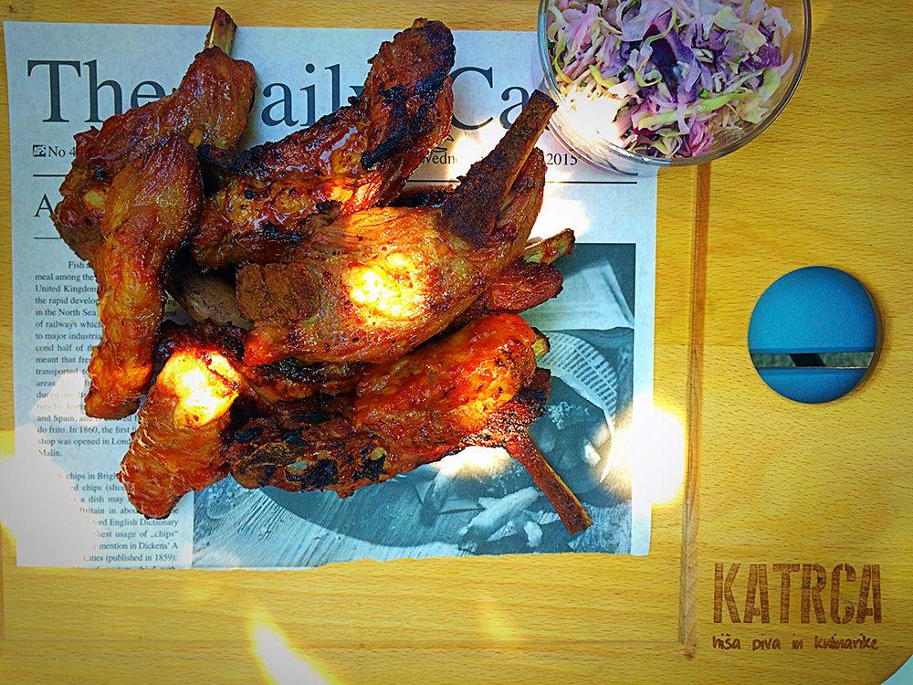 Katrca Hiša Piva in Kulinarike rebrca / spare ribs