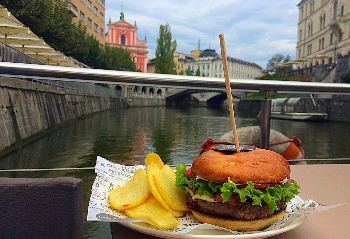 makalonca_burger_petrusov