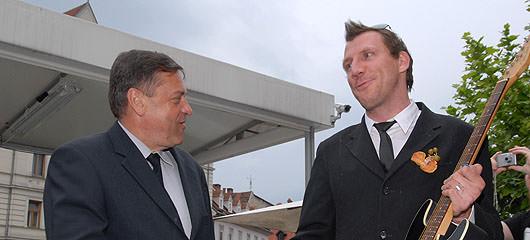 had 0124 Ob bok volitvam za župana Ljubljane   Zoran Jankovič je zopet premočno zmagal in nasveti za poražence