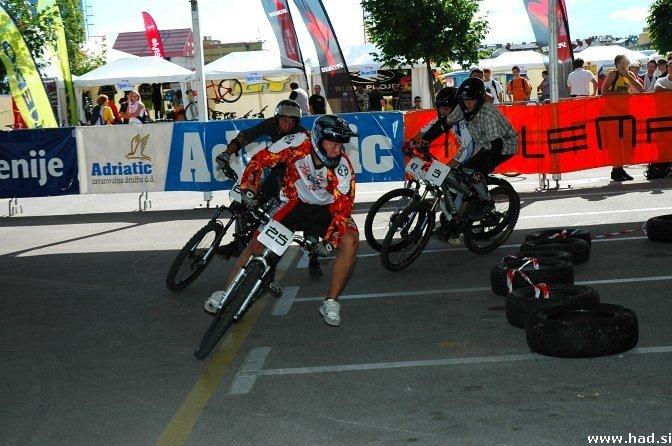 4x bike fight Ljubljana 17