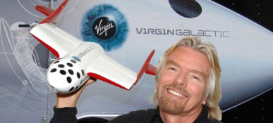 sir-richard-branson-with-ss2-model