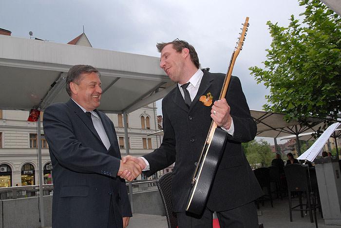 had 0123 Zoran Jankovič   bo šel na predčasne volitve?