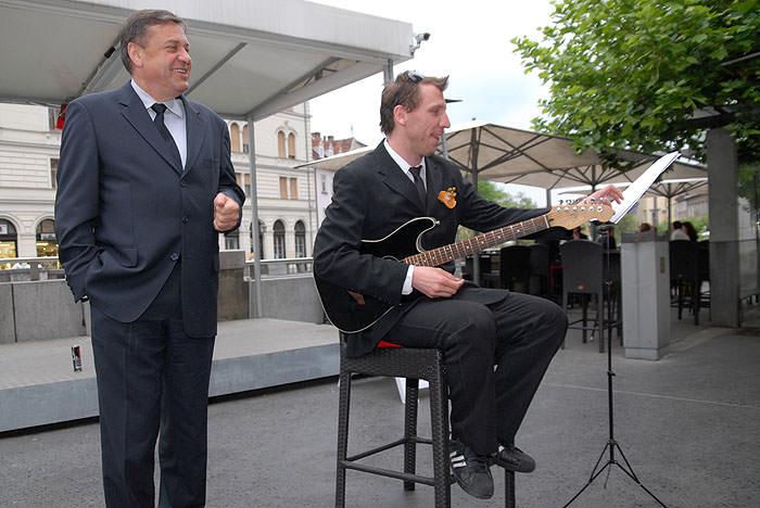 had 0127 Zoran Jankovič   bo šel na predčasne volitve?