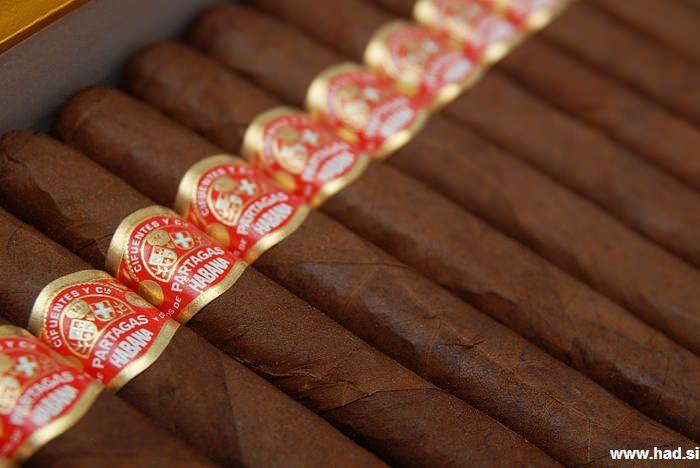 cuban cigars Partagas Petit Corona Especial 04