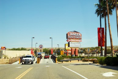 tanger outlet center photos  06