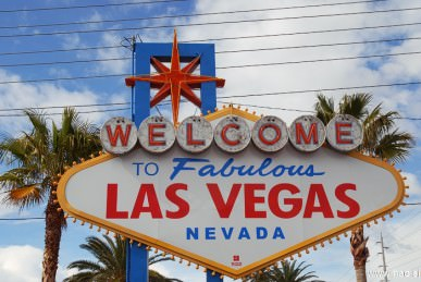 welcome to las vegas sign photos  02