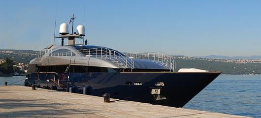 Lucky Me Yacht baglietto photos 02