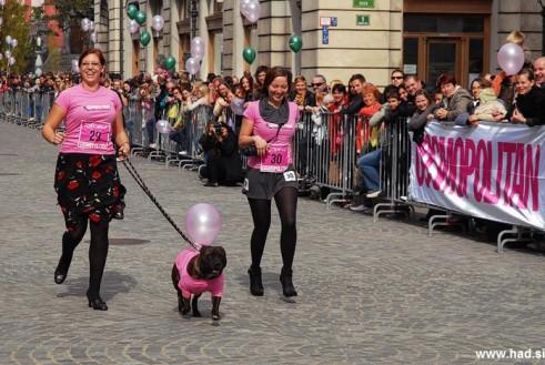 Cosmopolitanov tek v petkah   2012 fotografije