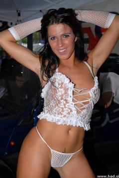 Hard Core Club zaposli striptizeto fotografije