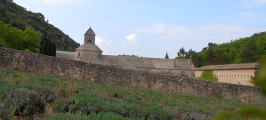 abbaye notre dame de senanque s Resnična Toskana   kičaste fotografije