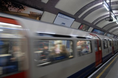 London Underground   The Tube   Piccadilly line fotografije