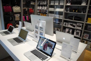 epl_apple_store_ljubljana_06