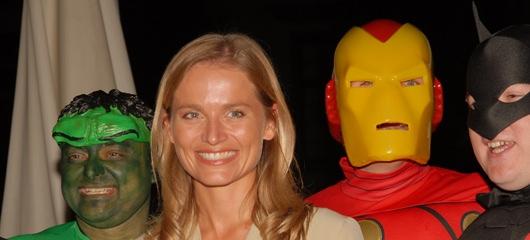 Katarina Kresal in super heroji?
