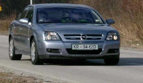 Policijski avtomobili opremljeni s sistemom Provida (radar)