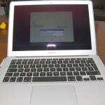 apple macbook air6 150x150 MacBook Air 13 i5 Dual core 1.7GHz/4GB/256GB unboxing