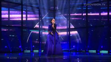 Video thumbnail for youtube video Tinkara Kovač s pesmijo Round and round (Spet) v finalu Evrovizije 2014 - video in besedilo – had blog