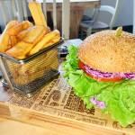 Burger Time in njihov veganski burger Burger Slowly3