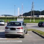 Lucija Usaj parkira Audija na prostoru za invalide na Partizanski ulici v Velenju1