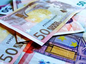 Pomagajmo Krisu skupaj poslji KRIS5 na 1919 19 mesecni Kris potrebuje 23 milijona evrov za zdravilo