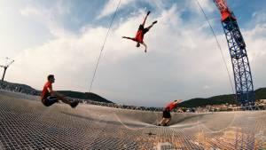 Dunking Devils akrobacije na najvecjem trampolinu na svetu11