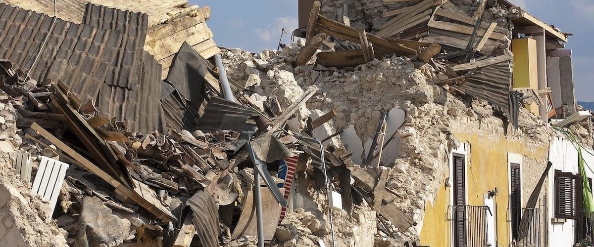 Kako ravnati v primeru potresa kaj storim ob potresu