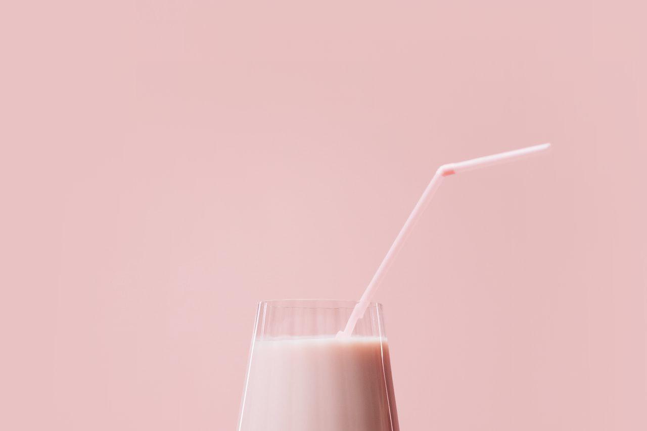 LAZ Mojca Skrinjar SDS kot Kolinda Grabar Kitarovic v Jugoslaviji ni dobila sadnega jogurta